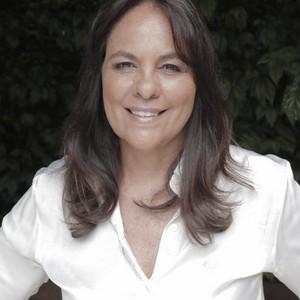 Luciana Chinaglia Quintão
